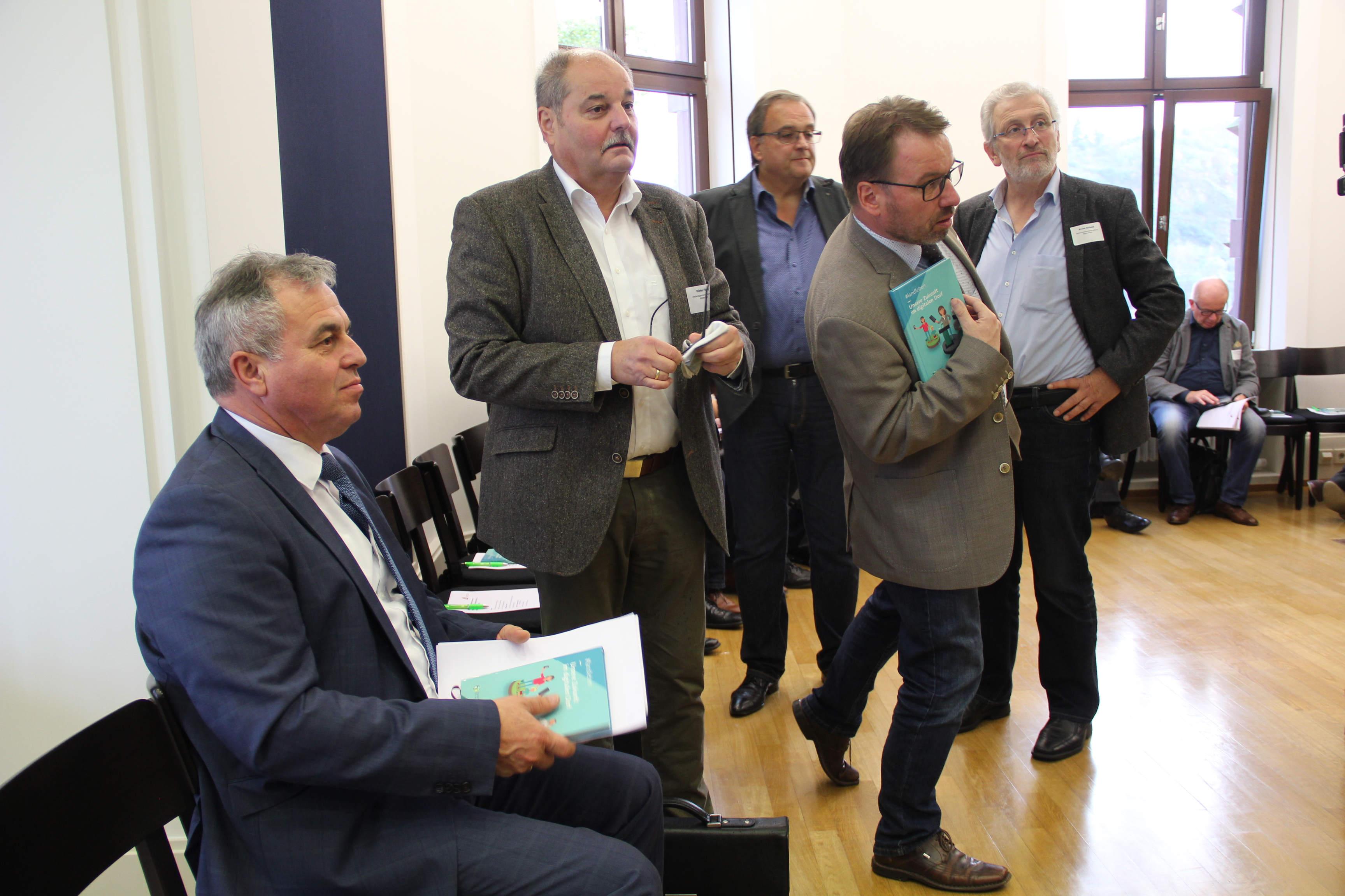 Bürgermeister auf dem Weg zu ihrer Digitalen Kommune