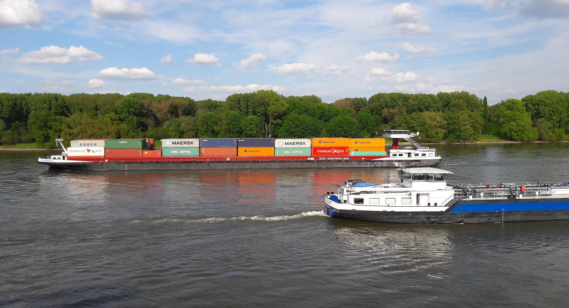 Die Binnenschifffahrt ist ein wichtiger Wirtschaftsfaktor für die Region. (Foto: Pixabay)